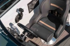 LR_Sting-610-DC-details-drivers-chair-scaled
