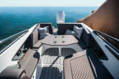 LR_Noblesse-790_-aft-deck-2-with-table